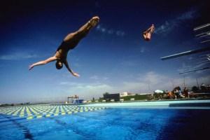 Swan dive, Diving