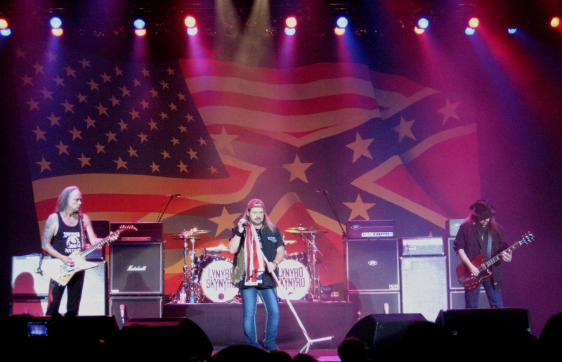 Lynyrd Skynyrd. sweet home Alabama